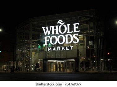 CHICAGO - OCTOBER 2017: Whole Foods store at night in October 2017 in Chicago.