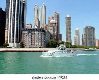 chicago police boat