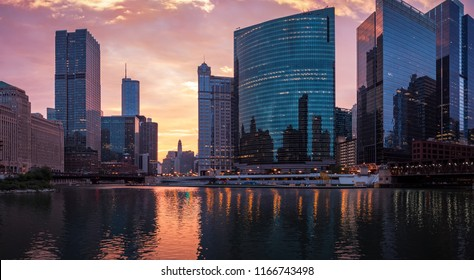 The Chicago River. Downtown Chicago, USA. Sunrise, morning. Cityscape at Riverwalk. Panorama.