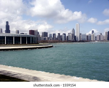 Chicago skyline with Shedd Aquarium from Lake Michigan