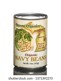 Chicago, USA - April 16, 2019: Can of Omena Organics navy beans.