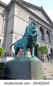 Chicago, USA - August 13, 2015: one of the lions outside the main entrance to the Art Institute of Chicago, USA. The museum attracts more than 1.5 million visitors a year.