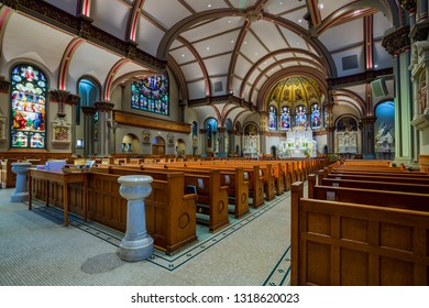 Chicago, USA - February 20, 2019: Interior views of St. Vincent e Paul Church. St. Vincent de Paul Church is a historic parish church of the Roman Catholic Archdiocese of Chicago located in Chicago,