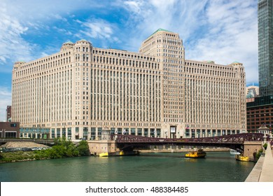 Chicago, USA - July 12, 2014: The Merchandise Mart on a clear winter's morning