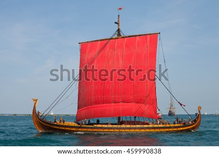 CHICAGO, USA - JULY 27, 2016: PEPSI TALL SHIPS CHICAGO 2016. Parade of Sail at Navy Pier. Draken Harald Harfagre  -  Viking Ship
