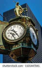 Chicago, USA - June 25 2016: Chicago Father time clock on the Jeweller's building, from 1926.