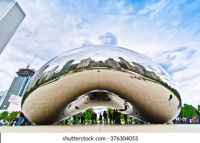 CHICAGO, USA - MAY 20:  The Bean sculpture in Chicago Millennium Park in Chicago, Illinois, on May 20th, 2008.