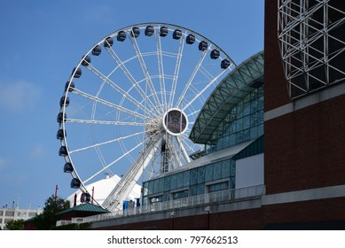 Chicago wheel during the day