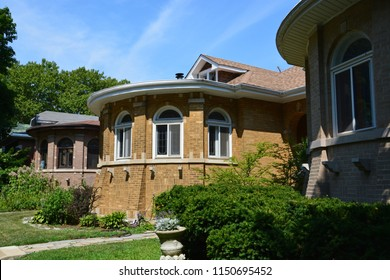 Chicago's distinctive single family bungalow style homes were built in the first half of the 20th Century and combined attractive craftsmanship with affordability.