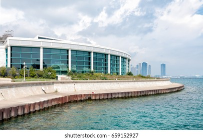 Chicagos Shedd Aquarium on the shore of Lake Michigan, Illinois, USA