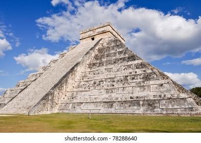 Chichen Itza Mayan Temple in Mexico