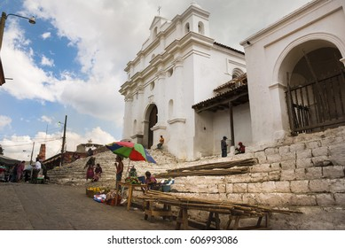 CHICHICASTENANGO, EL QUICHE, GUATEMALA - FEBRUARY  14, 2005 - The parish church of Santo Tomás in Chichicastenango Founded in the year 1540, Guatemala. EDITORIAL.