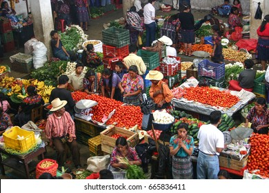 CHICHICASTENANGO, GUATEMALA-MAY 14, 2007: The bustling produce market in Chichicastenango draws buyers and sellers within the local area each Thursday and Sunday-the largest market in Central America.