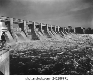 Chickamauga Dam spillway was built from 1936-1940 by the Tennessee Valley Authority, created by President Franklin Roosevelt on May 18, 1933 during the First Hundred Days of his administration.