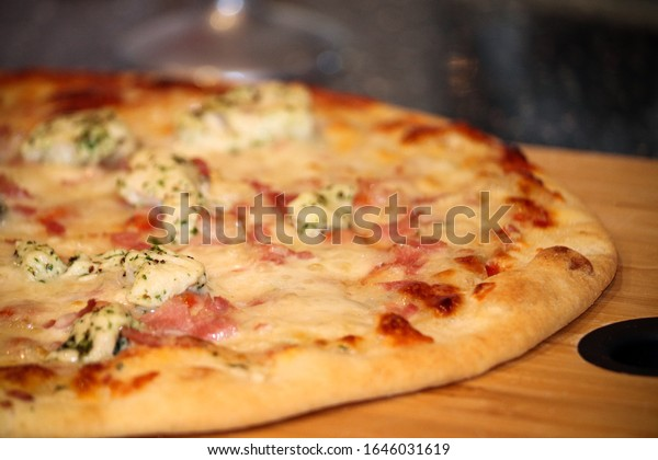Chicken, bacon and herb pizza