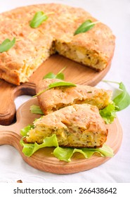 Chicken, cheese and herbs quiche