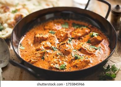 curry de poulet, beurre de poulet crémeux