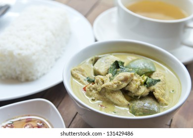 chicken green curry and stream rice, THAI FOOD