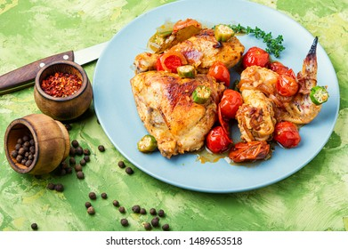 Chicken meat stewed in tomatoes, okra and spices