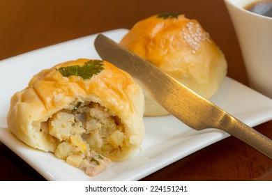 Chicken and mushroom stuffed bread