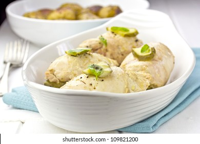 Chicken roulades stuffed with bacon, gherkins with roasted potatoes