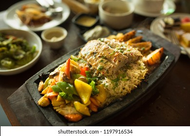Chicken Sizzler with parsely rice