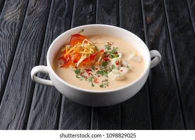 Chicken soup puree with vegetables