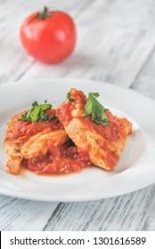 Chicken in tomato garlic sauce