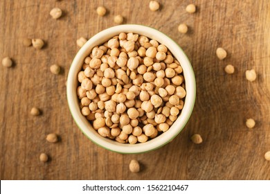 Chickpea, dry chickpeas beans in  bowl, legume chickpea