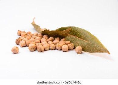 Chickpeas and bay leaves