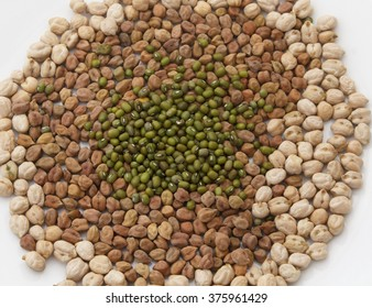 chickpeas ,gram and and green lentil