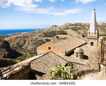 Chiesa dei Santi Pietro e Paolo, Pentedattilo, Calabria, Italy