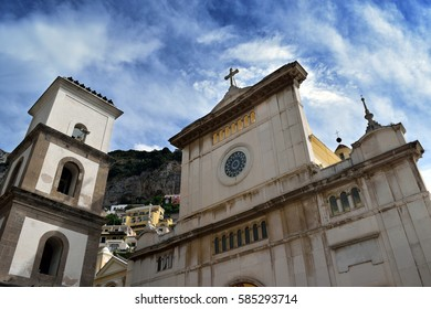 Chiesa di Santa Maria Assunta, Positano from plaza with sky