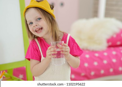 The child drinks water