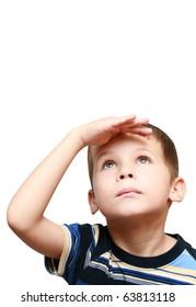 child looks up