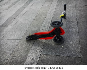 Child makes accident with kick scooter