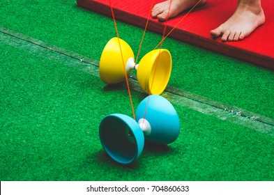 Child playing with Diabolo