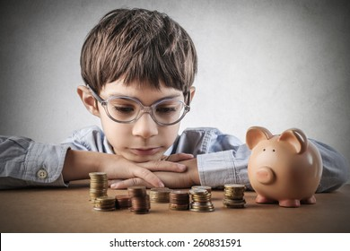 Child saving money
