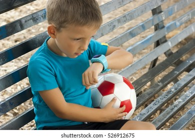 child with smartwatch