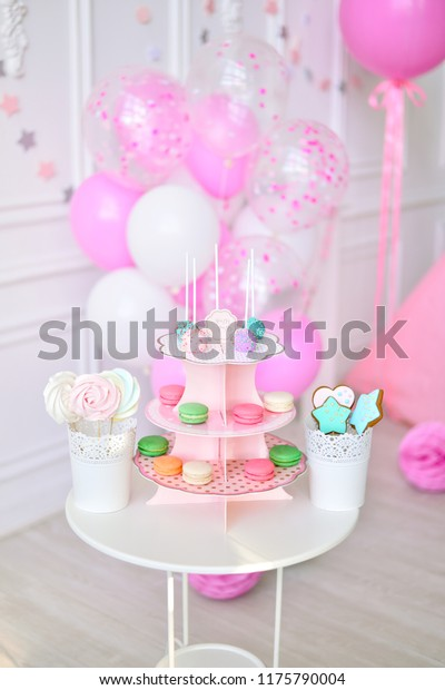 Superb Children Birthday Girl Birthday Cakes Balloons Stock Photo Edit Funny Birthday Cards Online Fluifree Goldxyz