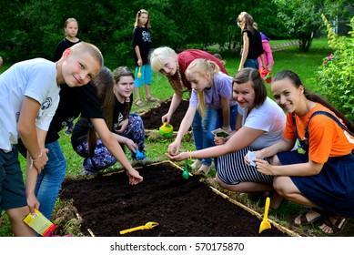 "Children on vacation children's camp ""science town"". Russia. Zelenograd 10.06.15"
