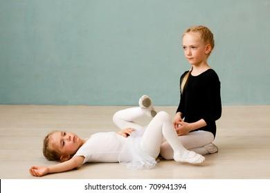 Children's choreography Little ballerina Pretty dancers in the Studio