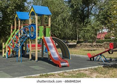 Children's entertainment complex