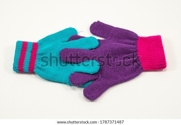childrens-knitted-gloves-whose-fingers-6