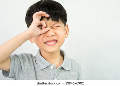 Children's Oral Health, Healthy teeth and gums Concept: A little boy show the okay hand sign and making face after his dental check up. (3-6 years baby teeth), Preschool boy healthy teeth, Kids health