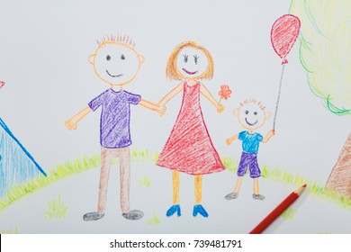 Child's drawing of mom's dad and son on the background of a house, a tree on a sunny day