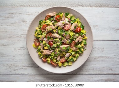 Chili avocado zesty quinoa salad with tuna.