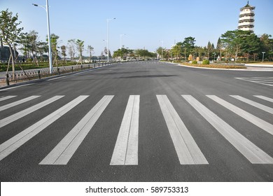 China's urban road zebra crossing