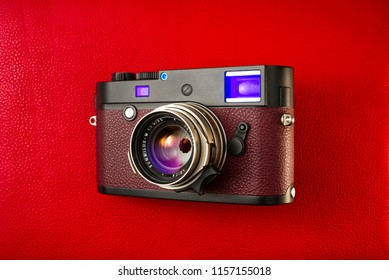 Chinatown,Bangkok/Thailand - August 16 2018 : Super fast lens by larger aperture since 1967-1995 by leica Germany in name Leica Summilux 35mm F1.4 titanium with Leica MP240 digital rangefinder camera.