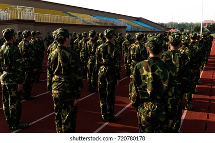 Chinese college students are in military training at school